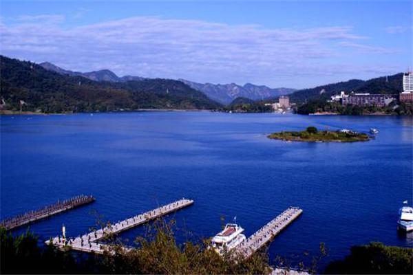 台湾的著名八大景点 台北101居榜首,日月潭必到