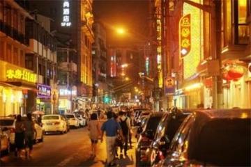 上海本地人去的小吃街 你去的是这几条街吗