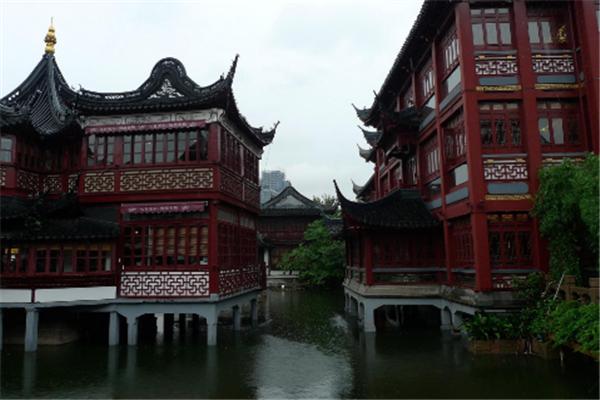 上海适合女生玩的地方 都是逛吃购物最好的选择