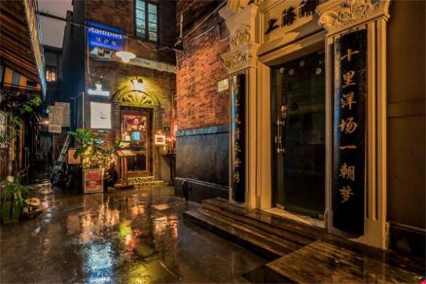 上海好玩的地方风景区 田子坊人气超旺,其它的也都很有特色