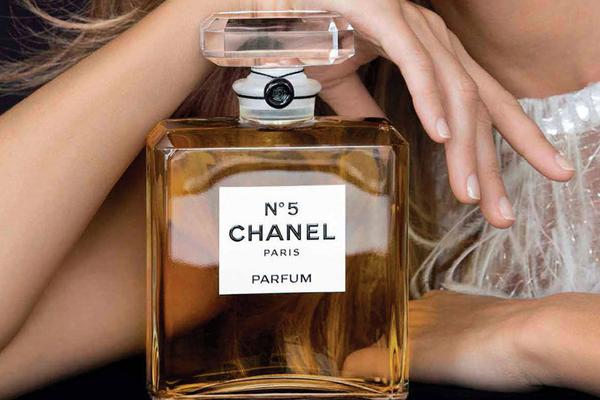 香奈儿五号香水哪个味道好闻?详细介绍