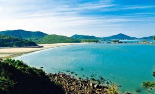国内冬天适合去的海边排行榜,干净美丽适合旅游