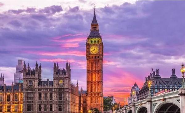 英国必去十大景点,每个地方都有故事,美到让你想哭英国必去十大景点,每个地方都有故事,美到让你想哭