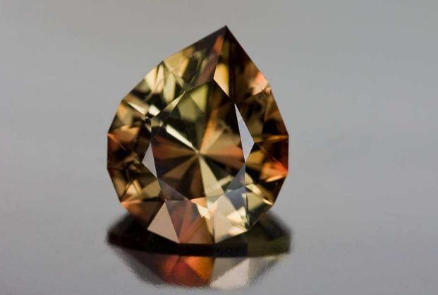 世界最贵十大宝石排名 第一名全球仅两颗