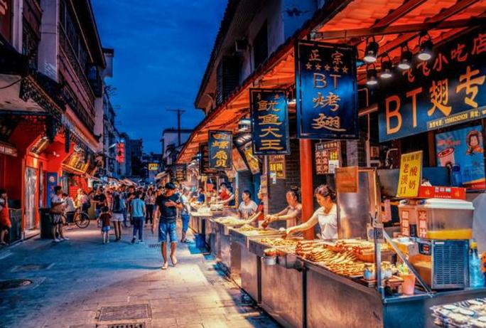 全国十大小吃街排行榜:南京夫子庙第3 第4山东有名的美食街