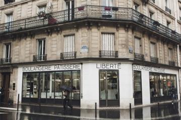 法国巴黎十大旅游景点,能玩还能吃的好玩景点推荐