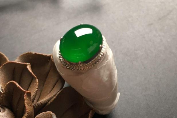 世界玉石值钱排名 羊脂白玉位列榜首,个个无价之宝