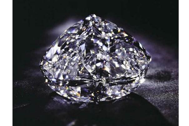 世界珍贵宝石排名 世纪钻石位列第二,价值一亿美元