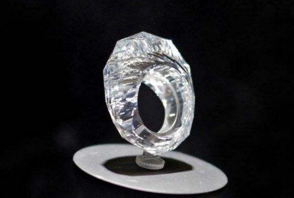 宝石排行榜_世界十大名贵宝石排名,最大的竟有500克拉