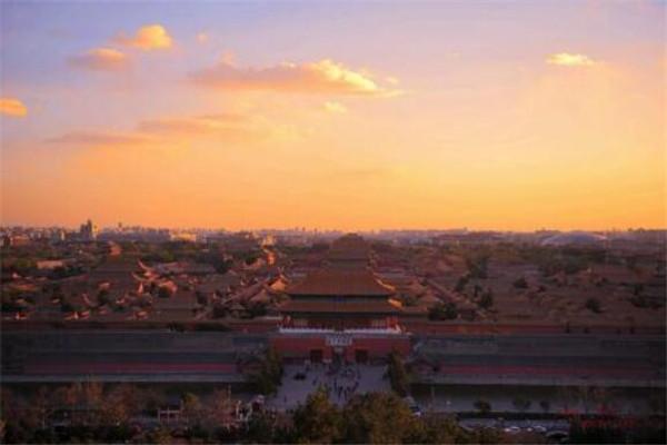 中国10个核心城市,西安/南京上榜,前三无争议