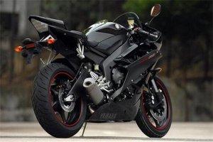 世界十大賽道摩托車,川崎忍者ZX-14R百公里加速只需2.1秒