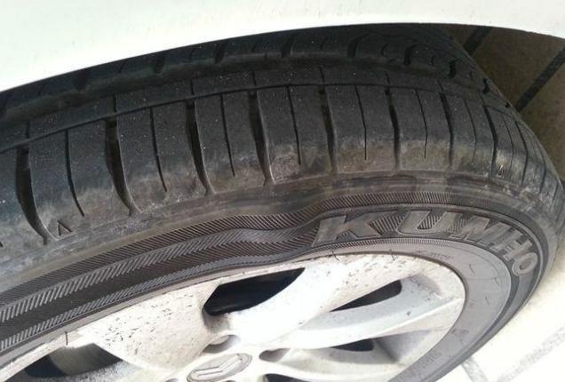 轮胎即将失效的5个征兆 发现立即更换,你get了吗