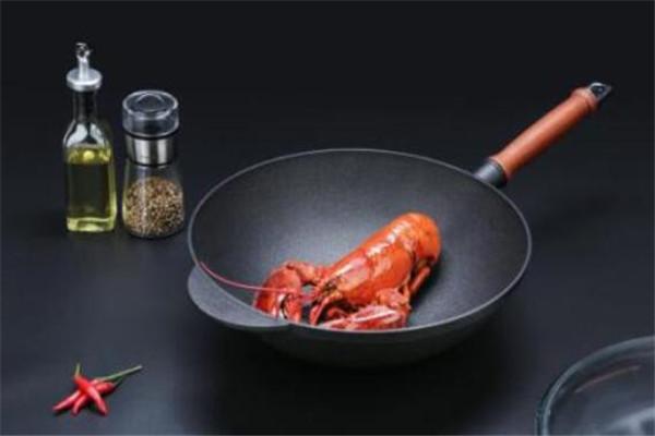 家用炒菜锅什么牌子好?好用的家用炒菜锅品牌推荐