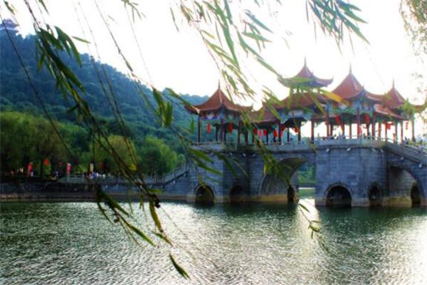 中国十大宜居城市排名,绍兴/信阳上榜,你去过几个