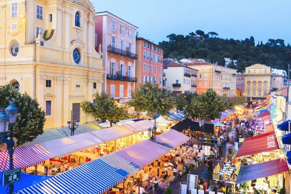 法国南部十大小镇:鲁西永像红宝石,戈尔德入选全球十大