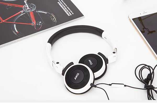 十大发烧级头戴式耳机:JBL T450BT上榜(充电10分钟用2小时)