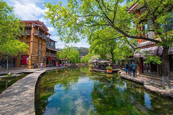 南方最美十大小镇 凤凰古城上榜,第一名的竟然是它