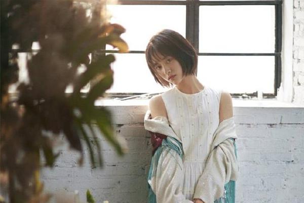 95后女艺人人气排行榜 杨超越宣仪上榜,第一名被称山支大哥
