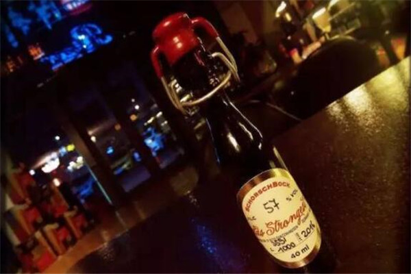 十大烈性啤酒排名,蛇毒啤酒上榜,记住别轻易尝试