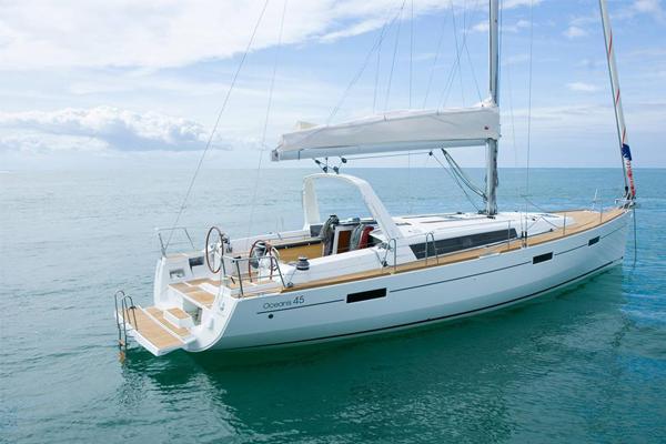 世界十大豪华游艇品牌有哪些?看看有没有你喜欢的呢