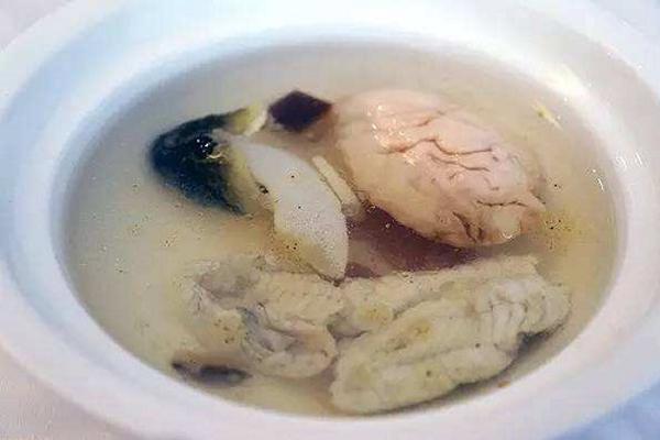 苏州十大名菜排行榜 卤鸭叫花鸡上榜,排名第一的和松鼠有关