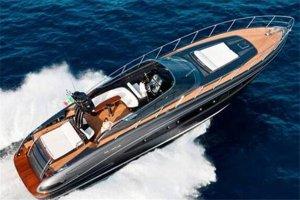 全球四大游艇品牌,Riva上榜,价格普通人完全是买不起的