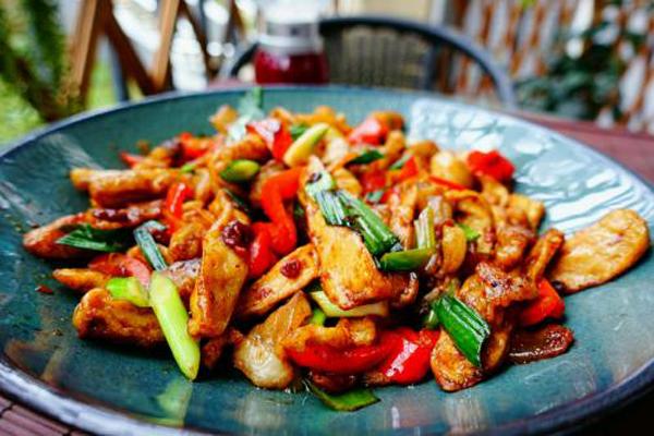 中国50大名菜  酸菜鱼回锅肉上榜,第一名菜品享誉全国