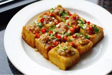 粤菜十大名菜排行榜  白切鸡乳鸽上榜,第一名竟然是这个菜