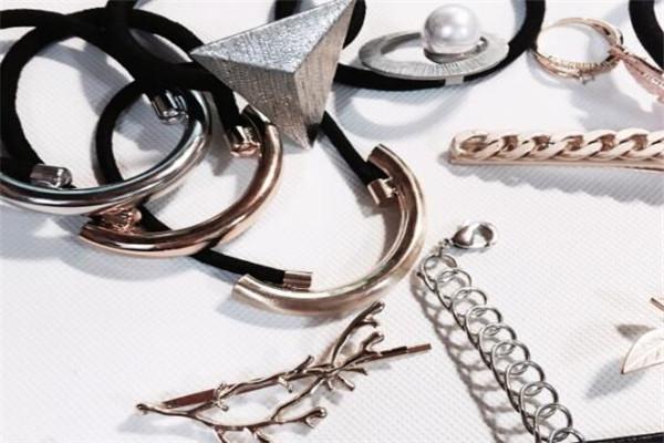 美国银饰品牌排行榜,走酷炫潮流路线选这些就对了