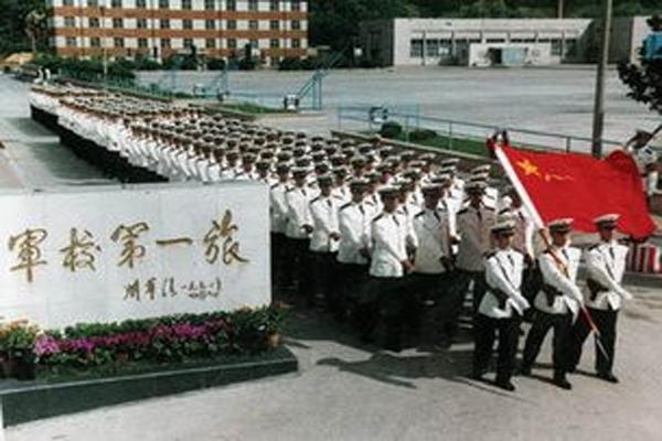 想考军校?来这里圆你军校梦!盘点中国一本军校排名分数