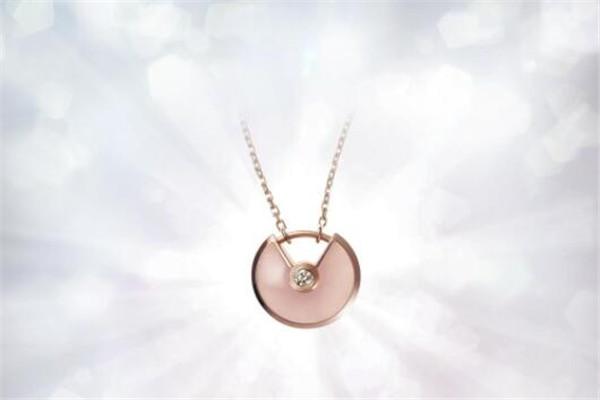 大牌必入的经典款项链,卡地亚love系列送给最爱的人