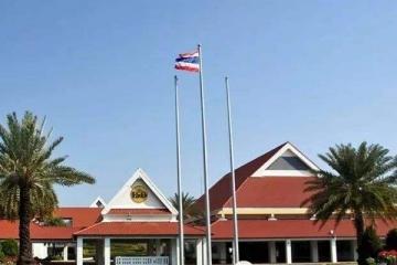 泰国前十名国际学校 学生接受的都是纯正的英式贵族日本一本大道综合网