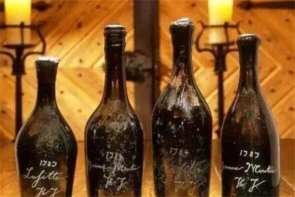 世界十二支顶级红酒,拉菲两款上榜,第九有钱也不一定买得到