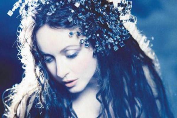 集智慧与美貌于一身的女子!英国天后级女歌手排名已揭晓