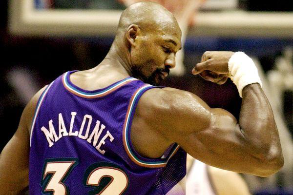 NBA历史失误榜 科比詹姆斯纷纷上榜,第一名竟然失误4524次