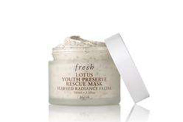 改善皮肤暗黄的面膜