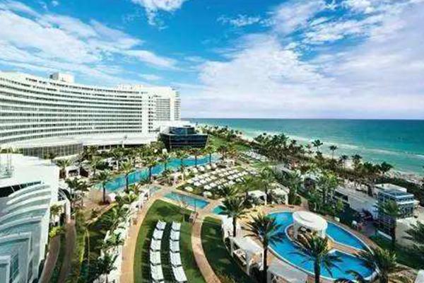 世界最美十大泳池酒店