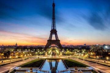世界十大有名建筑:气势磅礴,高耸入云的哈法利塔上榜