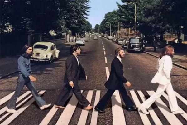 欧美乐坛四大天王 The Beatles上榜,第一名是他实至名归