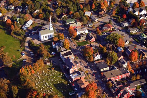 美国十大小镇 风景秀美, 第2名还曾是黑胡子海岛的大本营