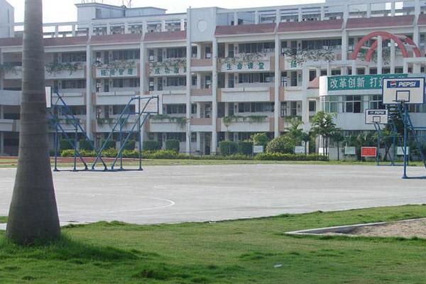 深圳十大私立高中