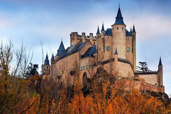世界上最美丽的十大城堡:就好像不小心闯入了仙境 如梦如幻