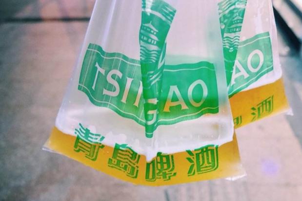 青岛十大必吃美食 蛤蜊最受欢迎,袋装啤酒你喝过吗