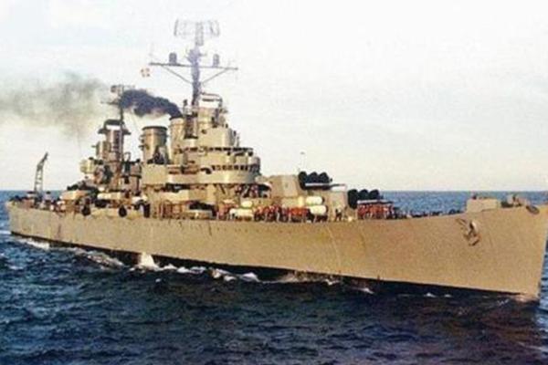 二战美军军舰_世界十大邮轮沉船:史上最大的海难事件竟是它!_排行榜123网