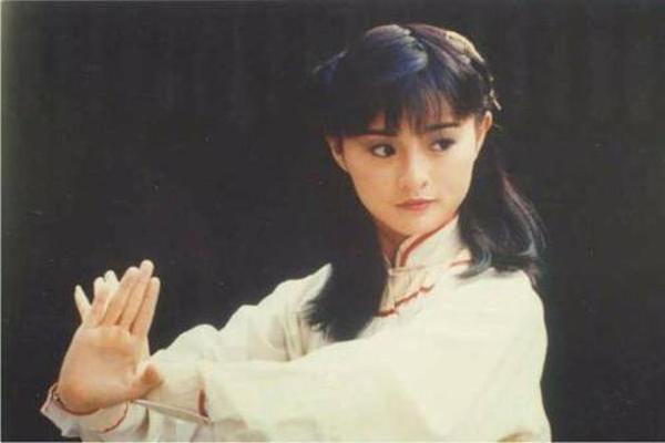 TVB漂亮女明星排名 不老妲己排名第8,紫霞仙子竟排名第一