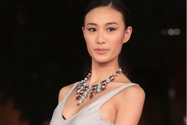 中国十大名模 奚梦瑶排名第6,何穗排名第4,第一还是大表姐