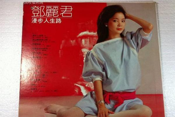 十大经典粤语歌曲 月半小夜曲上榜排名第2,第一名竟是这首