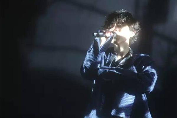 十大催泪情歌 伤心的人别听情歌,看懂歌词的我哭了,你呢