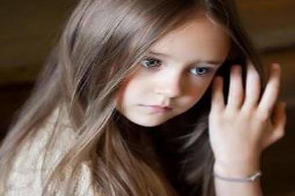 俄罗斯十大最漂亮童星 萌哭了!她曾被评为世上最美小女孩