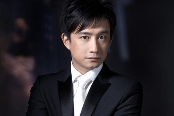 十位无绯闻男演员 吴彦祖排行第2,第一名竟娶了粉丝做老婆
